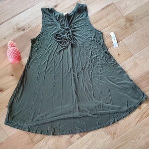 NWT! Free Kisses Green dress
